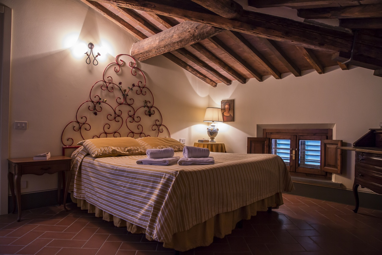 bedrooms-in-italy-tuscany