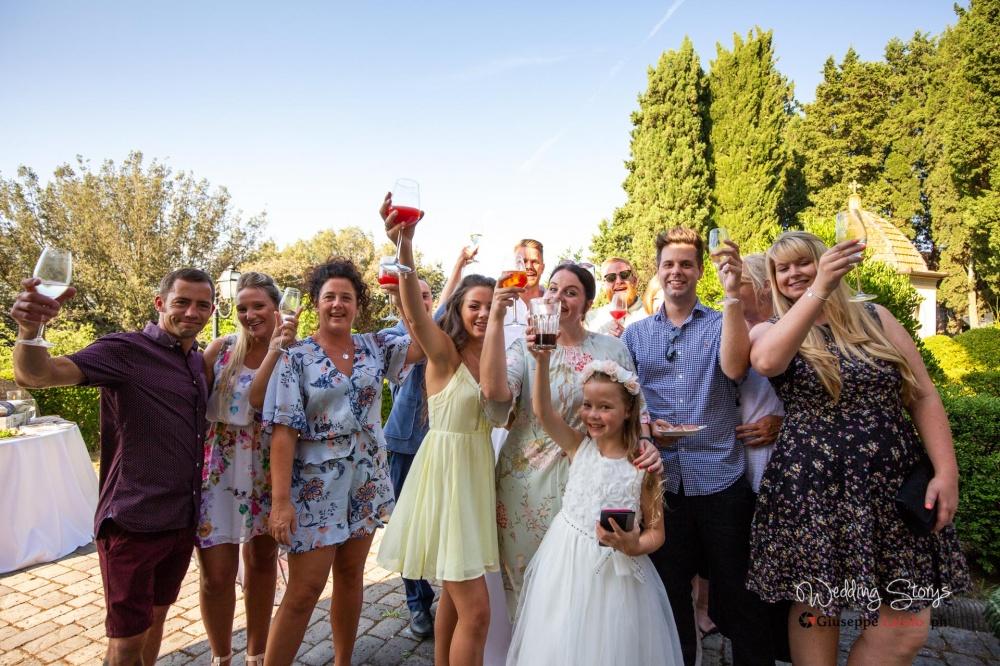 birthday-party-celebration-villa-near-pisa