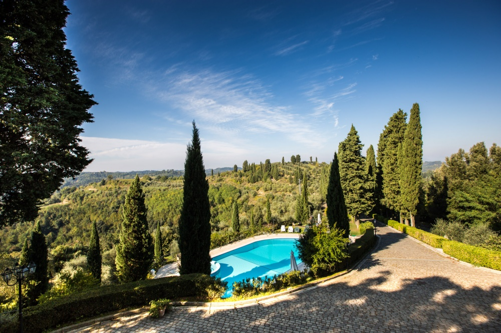 charming-holiday-house-with-pool-near-san-miniato