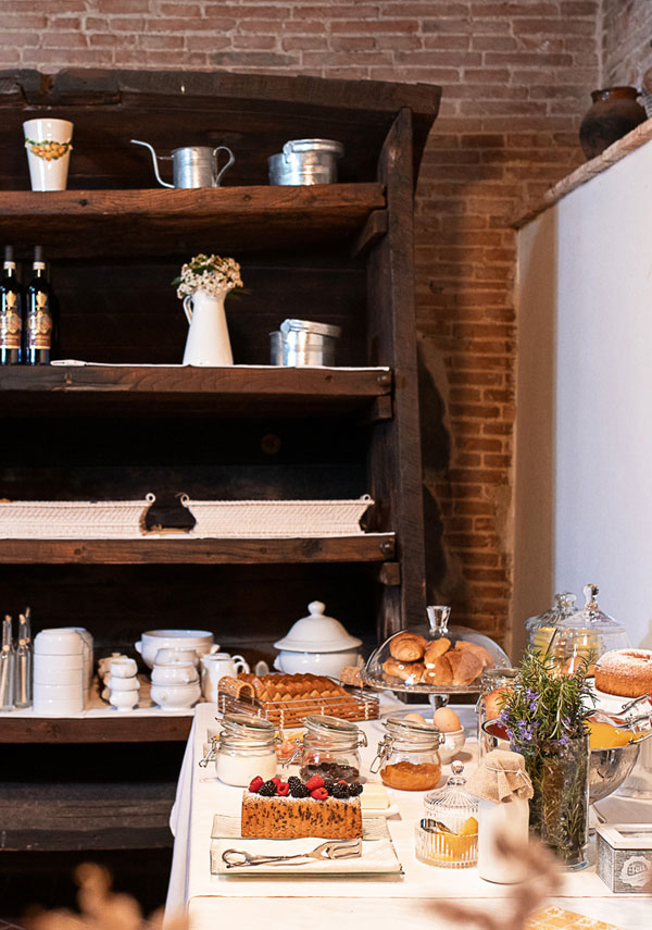 breakfast buffet for events in Tuscany