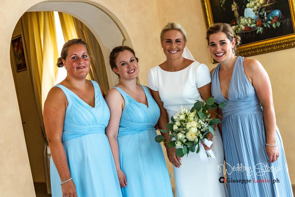 bride and bridesmaids in an ancient villa tuscany