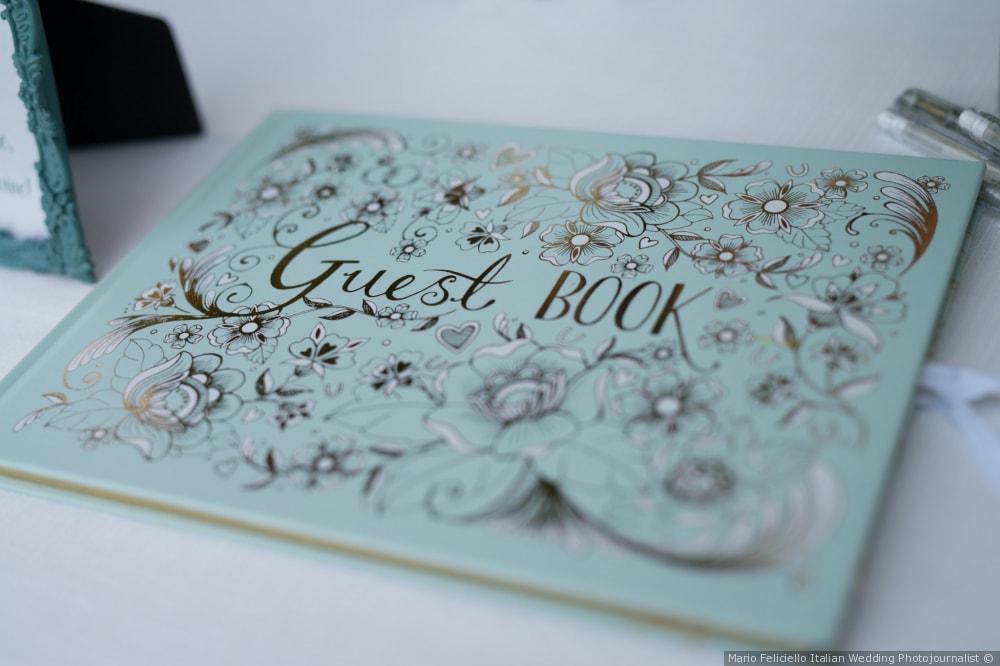 real-weddings-at-borgo-bucciano-guest-book