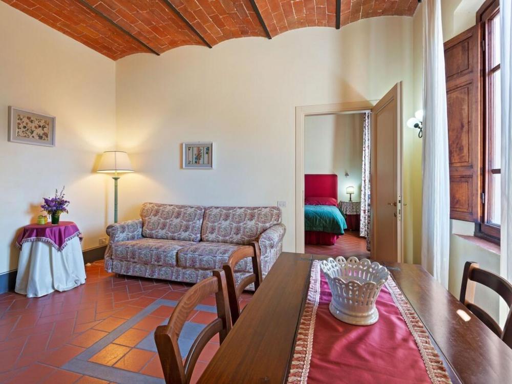 Romantic getaway in Tuscany