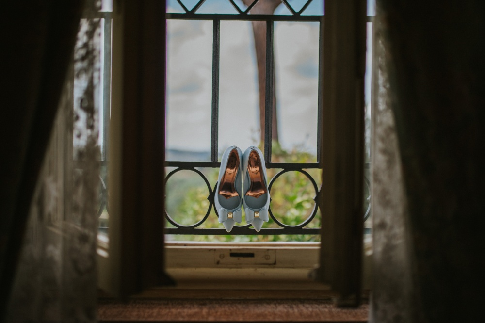 shoes-of-the-bride-destination-wedding-in-tuscany