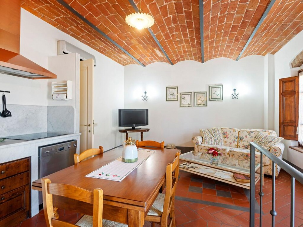 Holiday home to stay in Tuscany near Florence and Pisa