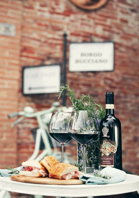 wine and typical product tastings, Tuscany