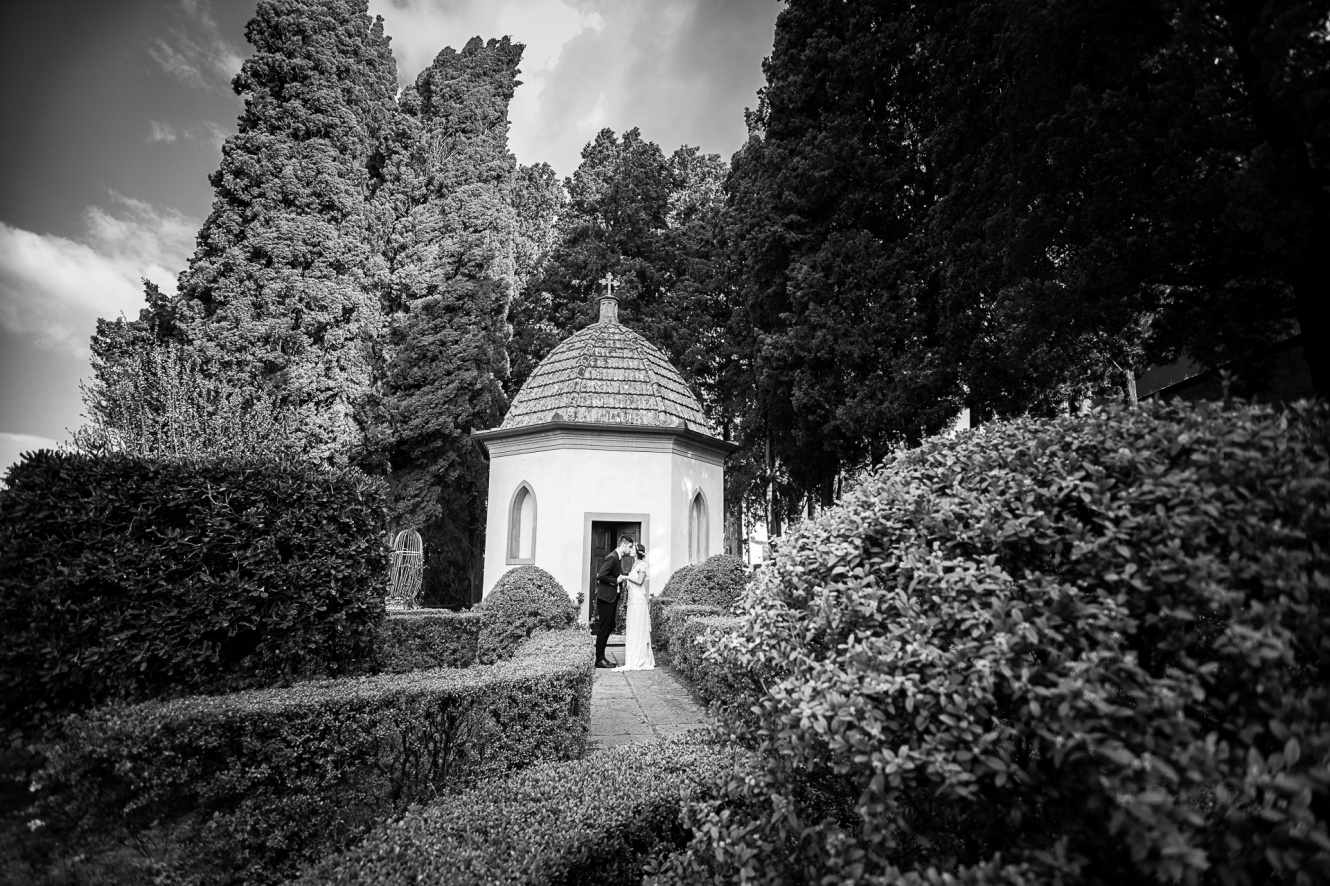 ancient wedding villa with private chapel tuscany