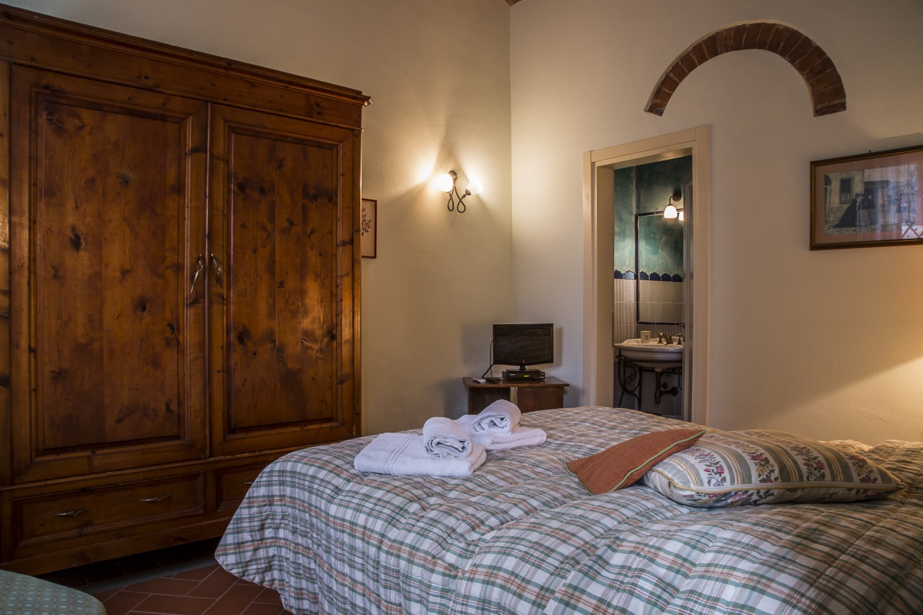 two-room-apartment-tuscany
