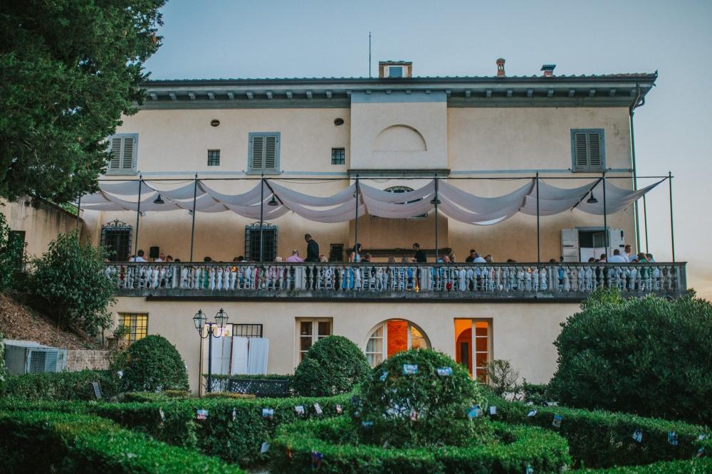 wedding-banquet-panoramic-terrace-villa-tuscany