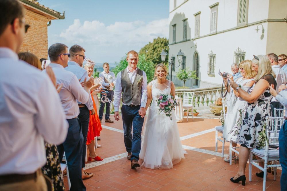 wedding-ceremony-celebration-villa-tuscany