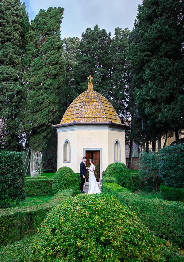 wedding in a Tuscan Villa, chapel at the Villa